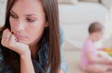 Как происходит добровольный отказ от родительских прав?